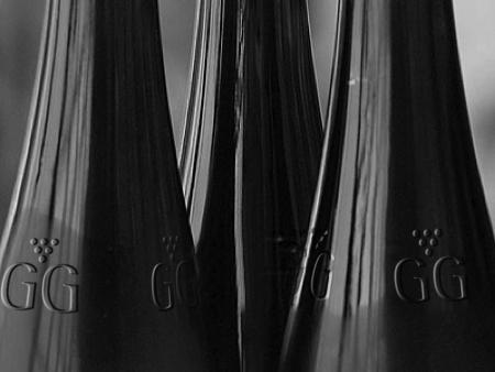 gg_bottles_bw